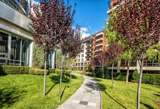 Este Home & Spa alley